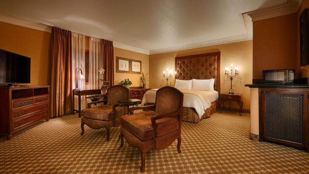 Best Western Plus Sunset Plaza Hotel Photo #15