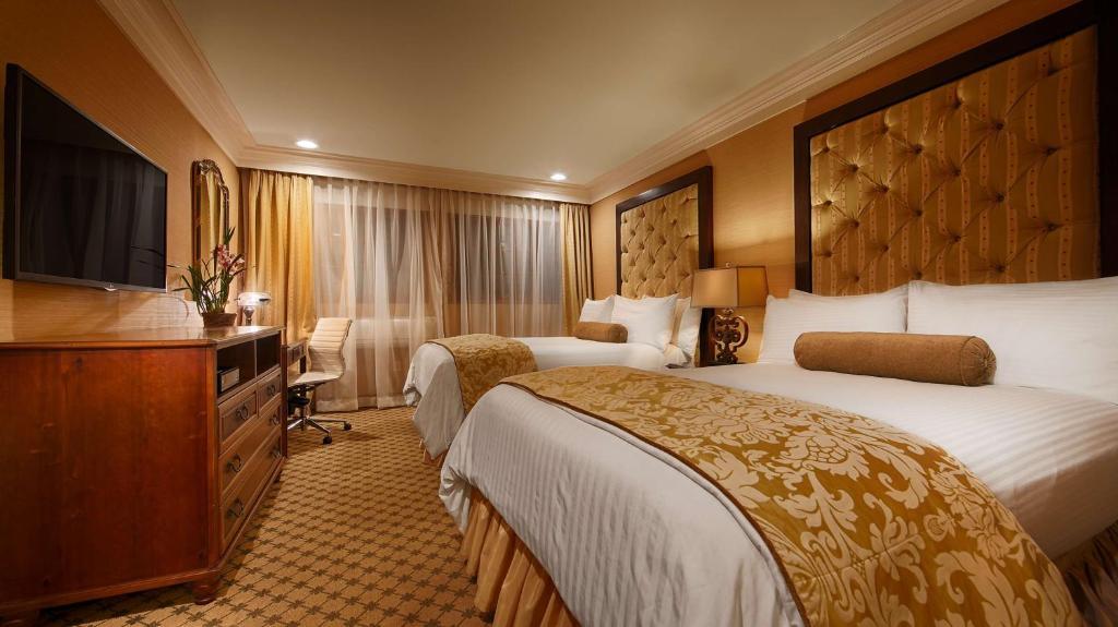 Best Western Plus Sunset Plaza Hotel Photo #21
