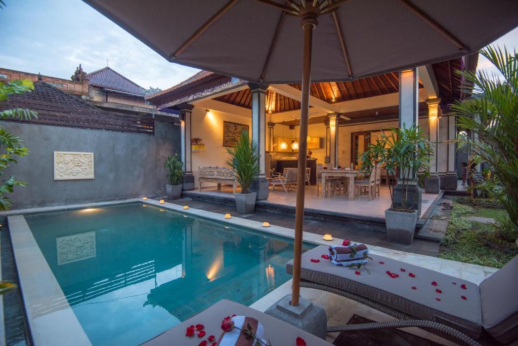 Secret Bunutan Ubud Villa