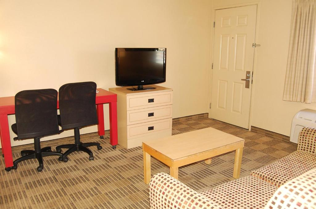 Extended Stay America Las Vegas Valley View Photo #6