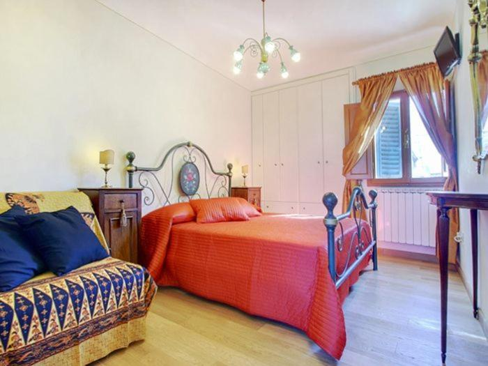 Via Dei Pepi Apartment