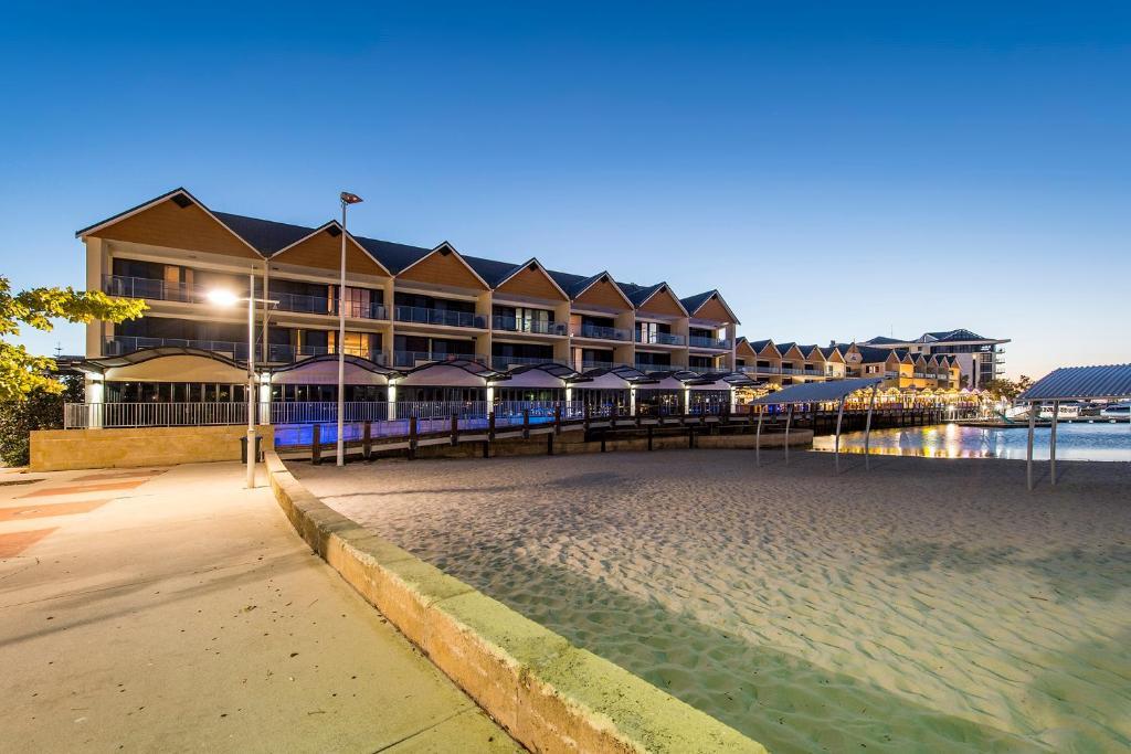 The Palladio Mandurah Hotels | The Palladio Hotels in