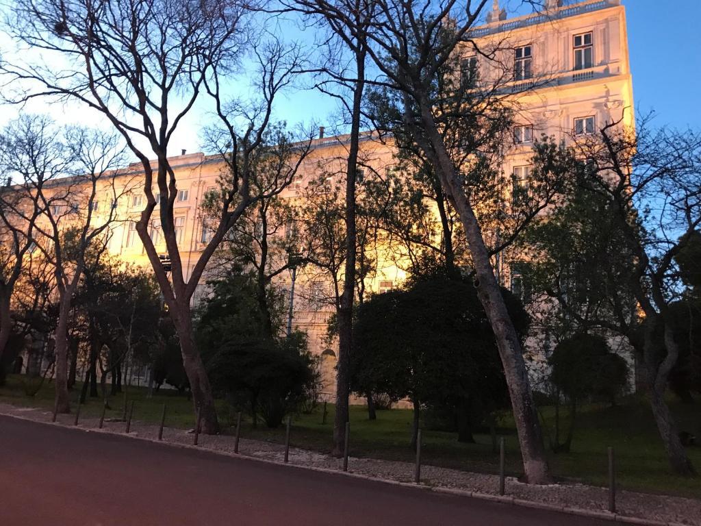 Excellent 2 bedroom apartment in Lisbon