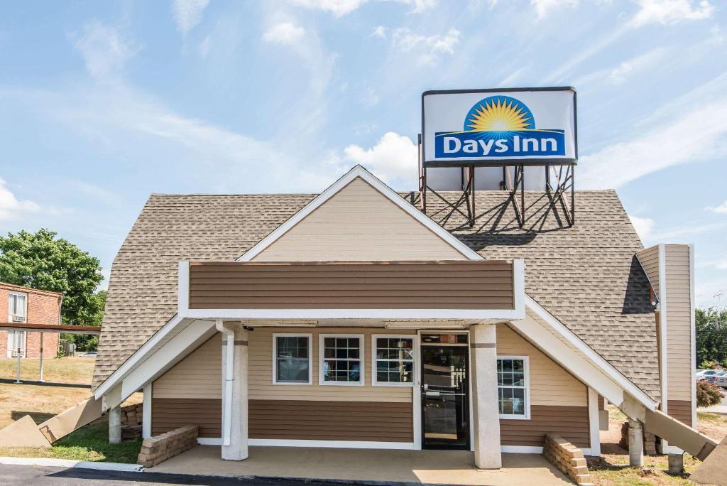 Days Inn by Wyndham Vernon