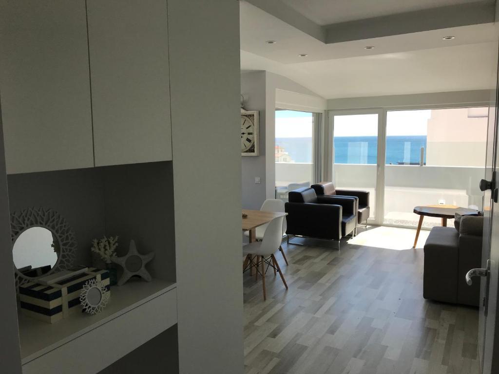 Blue Bay Beach Apartment, 2970-741 Sesimbra