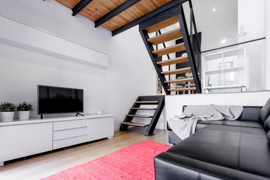 Odonell Loft by Flatsweethome