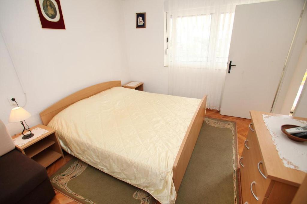 Apartment Trogir 15011c