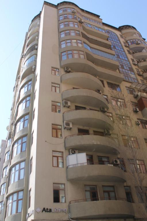 Apartment on Suleyman Rustem 17