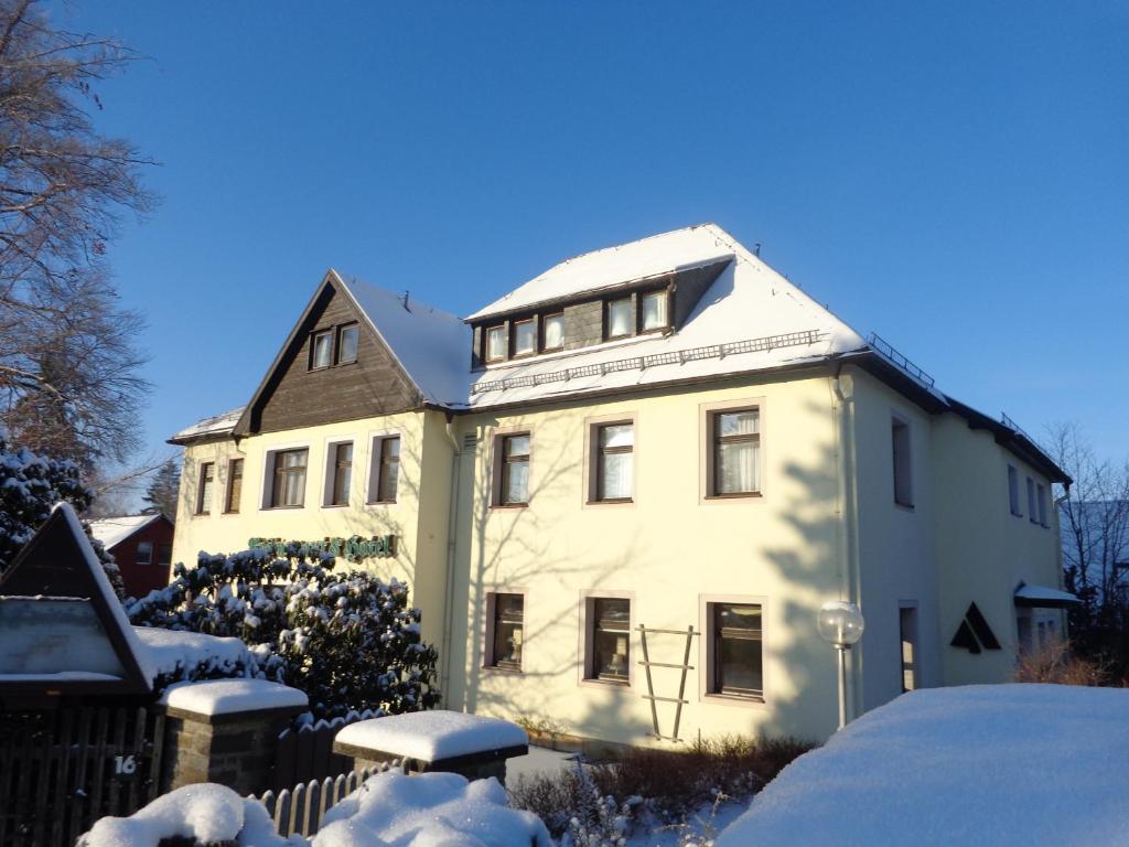Hotels in Augustusburg - Hotelbuchung in Augustusburg - ViaMichelin
