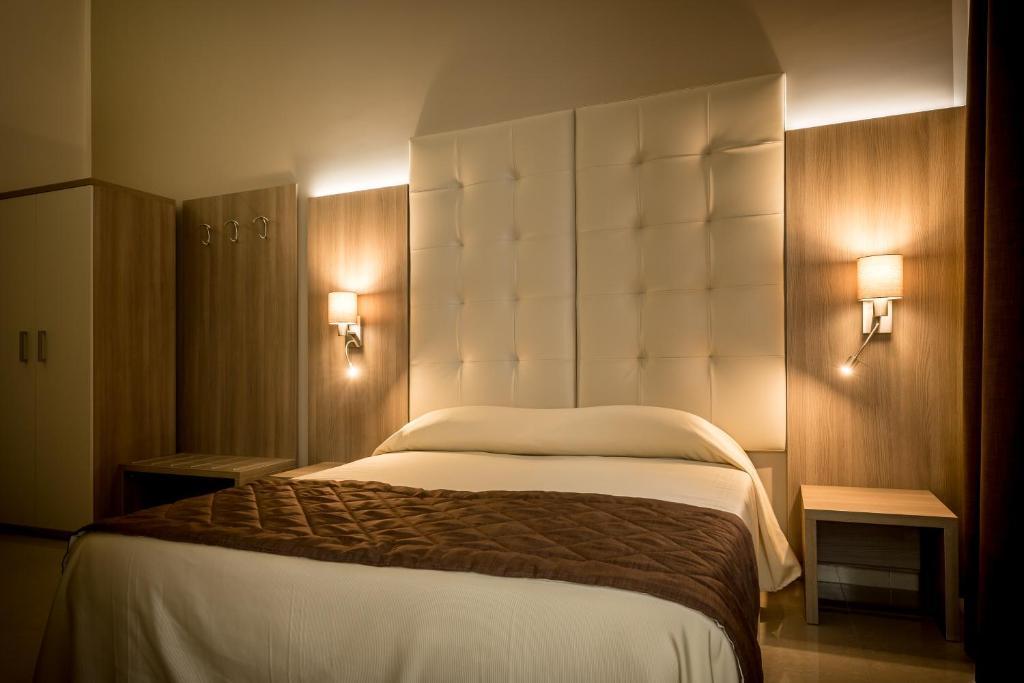 Hotel bel soggiorno g nova reserva tu hotel con viamichelin for Bel soggiorno genova
