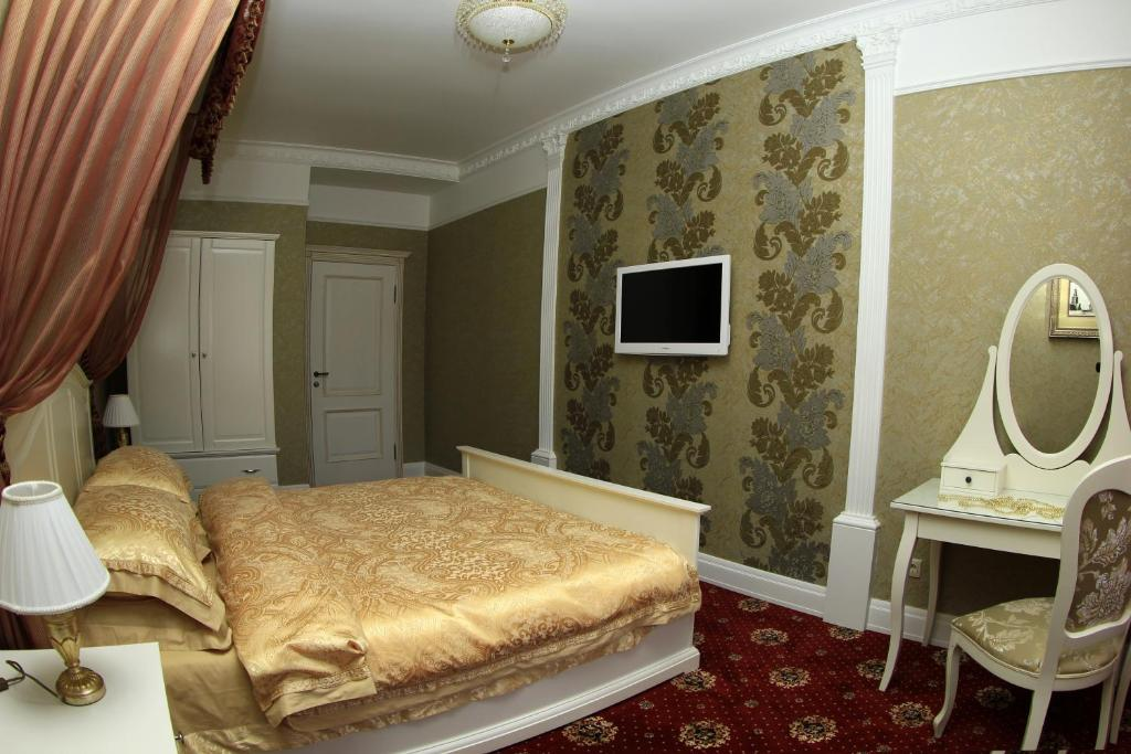 Two-Bedroom Deluxe Apartment - Kirova Street 9