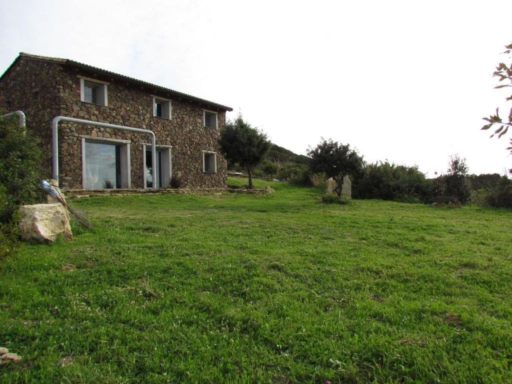Stone Cottage image1