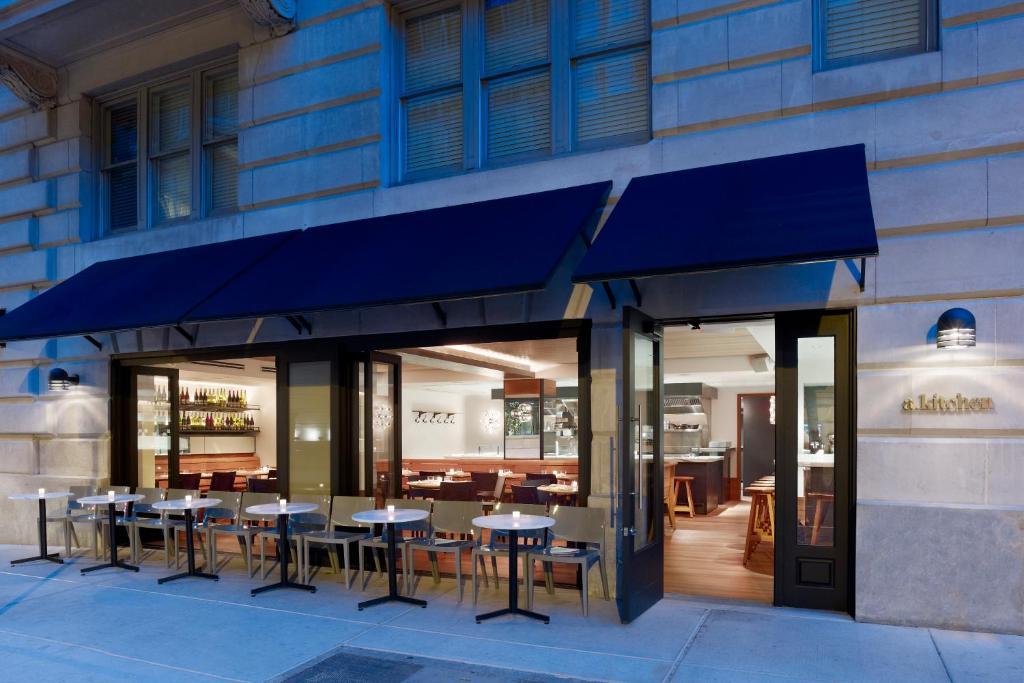 Latham Hotel Philadelphia Restaurant