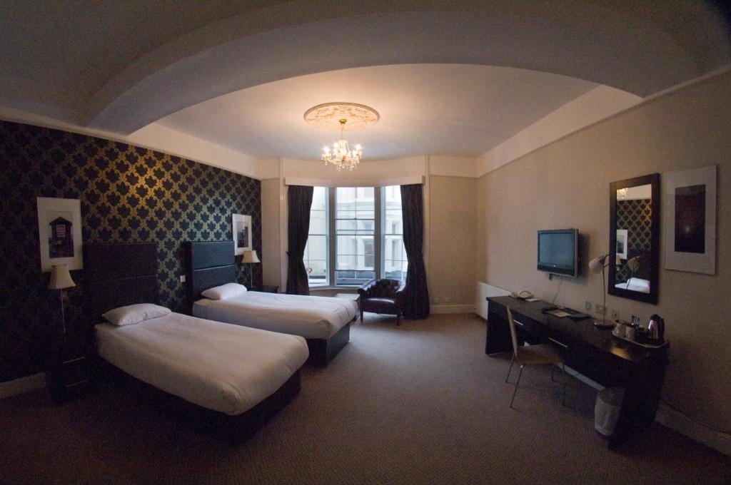 Hove Hotels Family Room