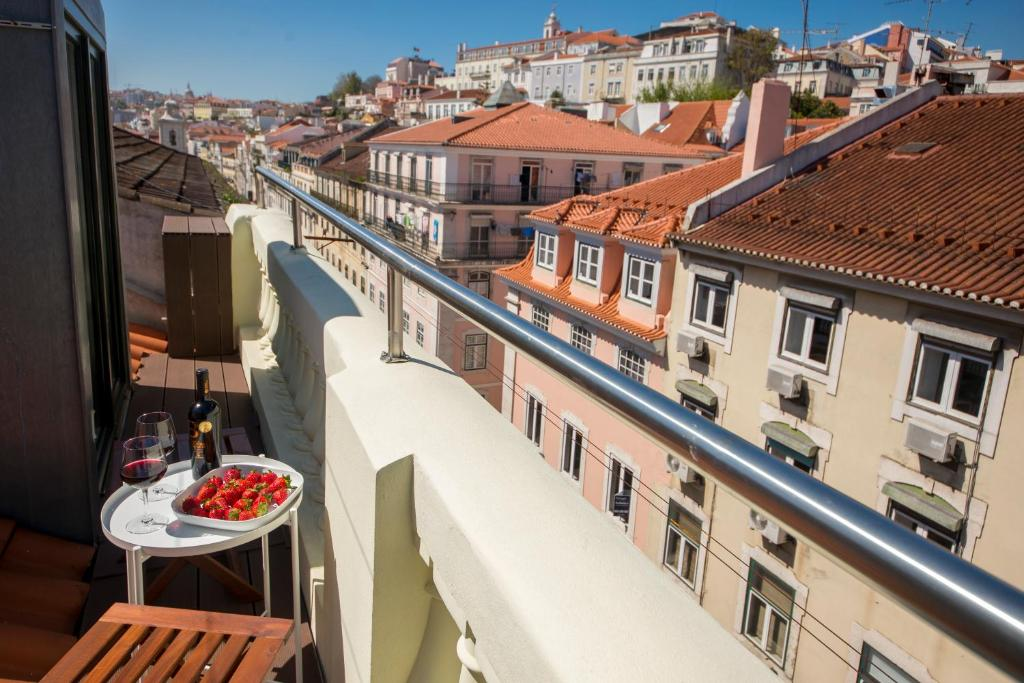 A Captivating Apartment close to River Tagus in Lisbon