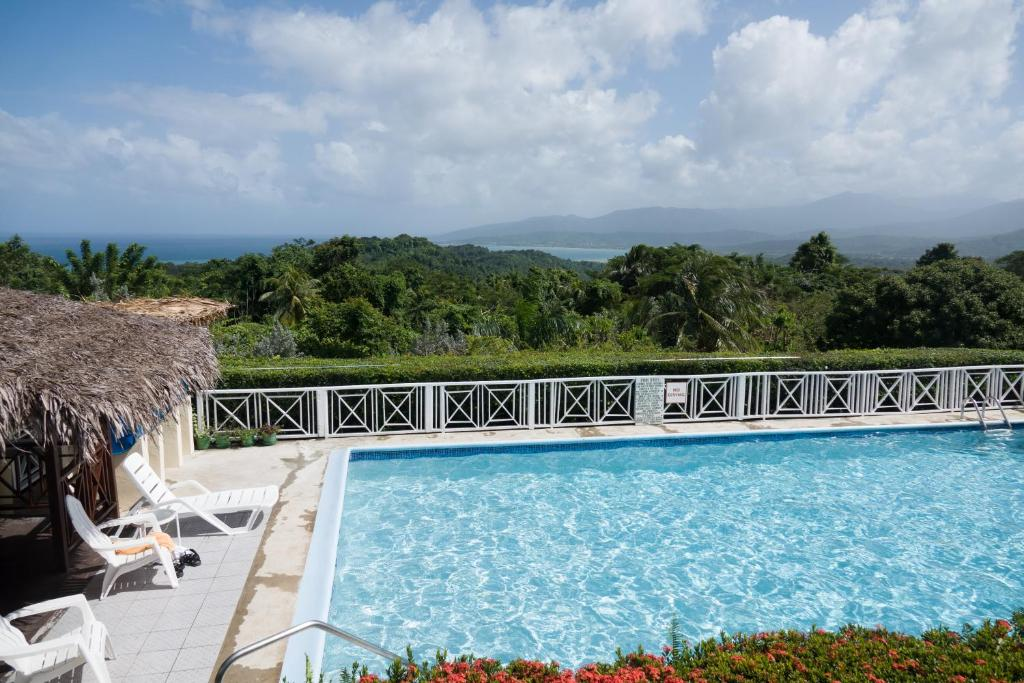 Hotels in Mount Pleasant, Jamaica - price from $199 | Planet of Hotels