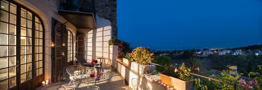 Restaurant Chateau  Ef Bf Bd Cagnes Sur Mer