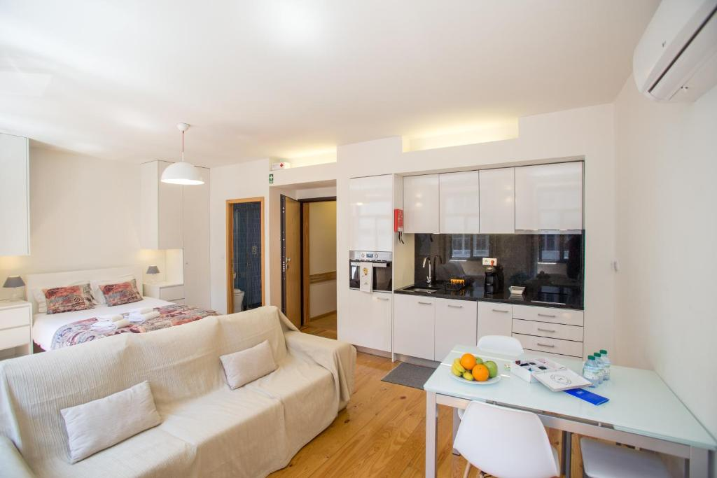 LivingPorto Apartments by Porto City Hosts