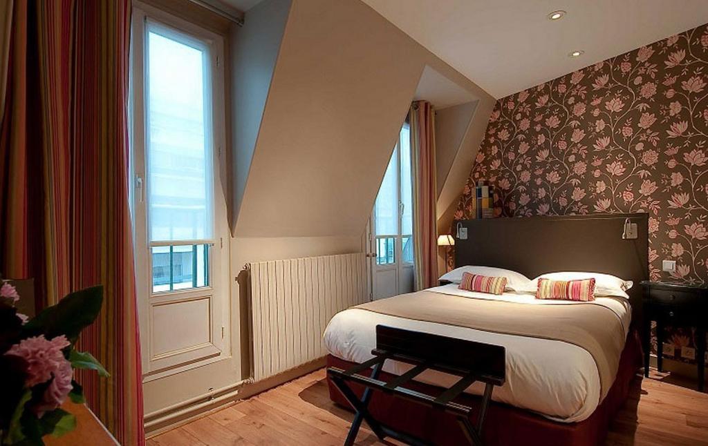 Hotel Louison  Rue De Vaugirard