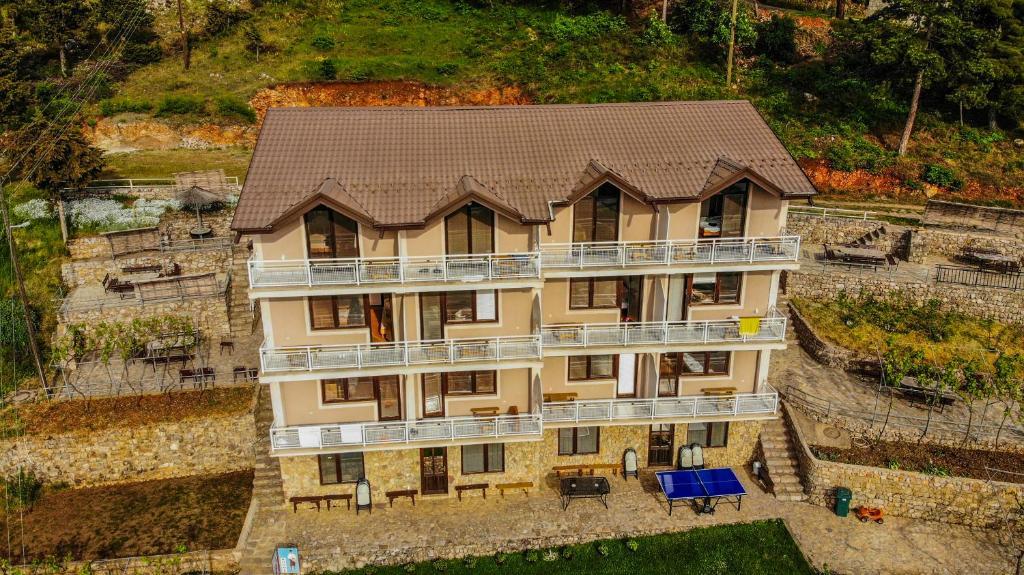 Villa Megdani
