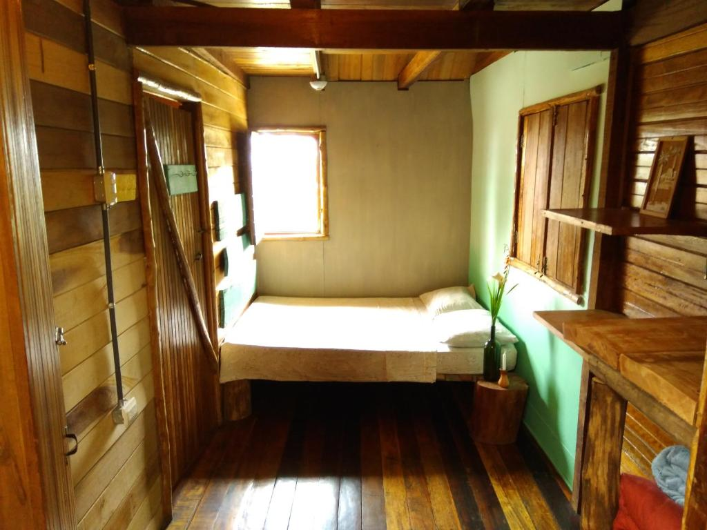 Budget Single Room Iyok Ami (Madre Tierra)