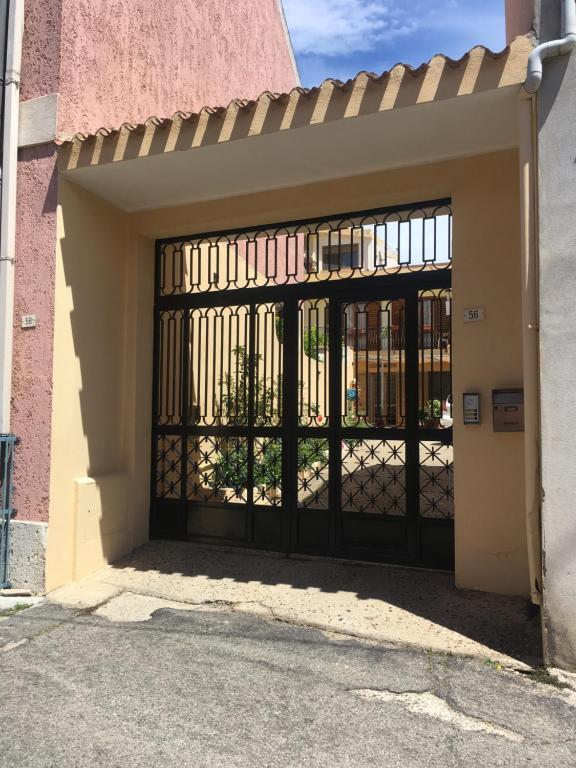Anna Apartment image2