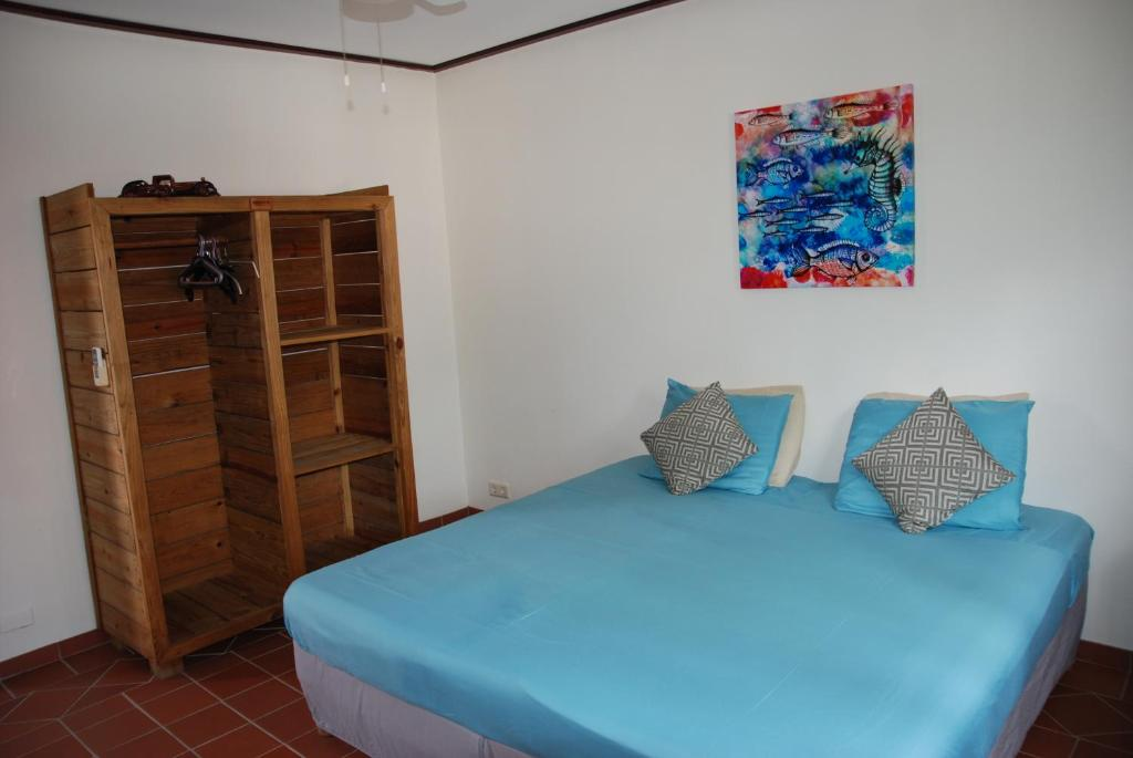 Two-Bedroom Apartment - C Mirador Apartments