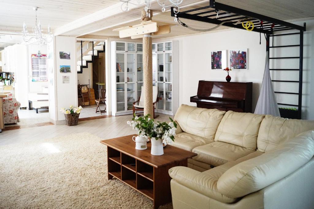 Guest House on Italyanskiy Pereulok
