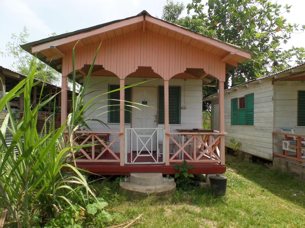 Renta Dread Cottage @ Jah B's Negril Beach Road
