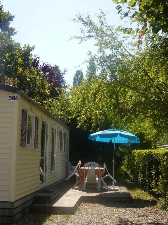 Camping parc du ch teau d 39 allot bo viamichelin for Apart hotel agen