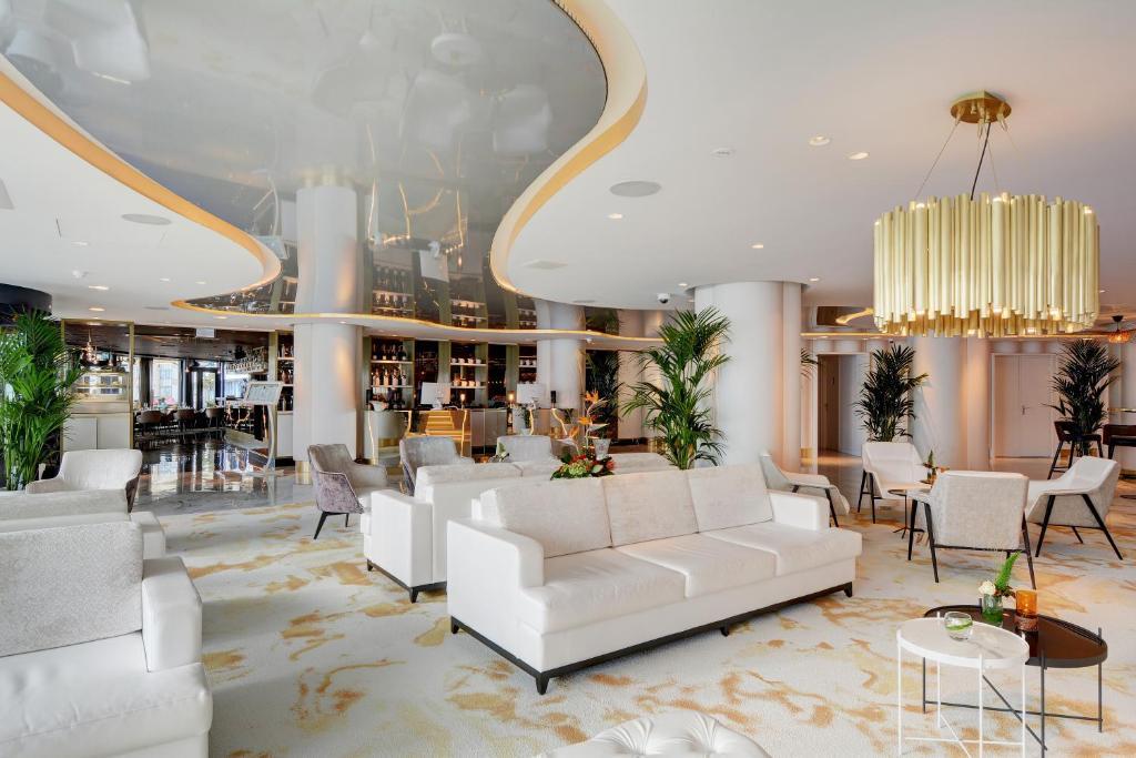 Amadore Hotel Restaurant Arion  Sterne