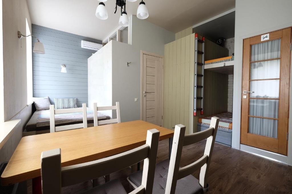 Family apartment on Petrovka 26