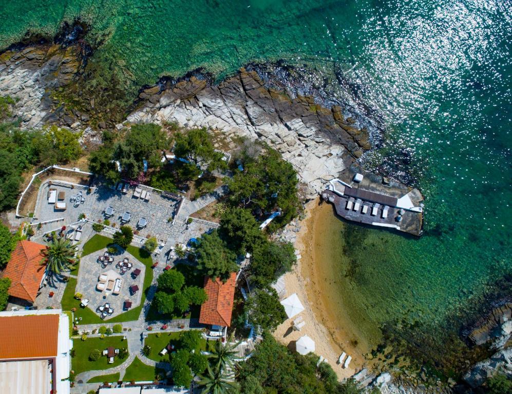 Bomo Tosca Beach in PalaiónTsiflíkion, Greece - 200 reviews ...