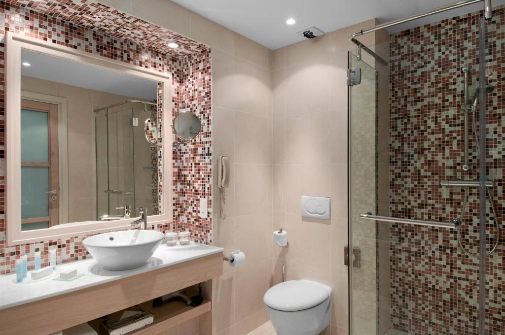 Hilton evian les bains r servation gratuite sur viamichelin - Bureau de change enghien les bains ...