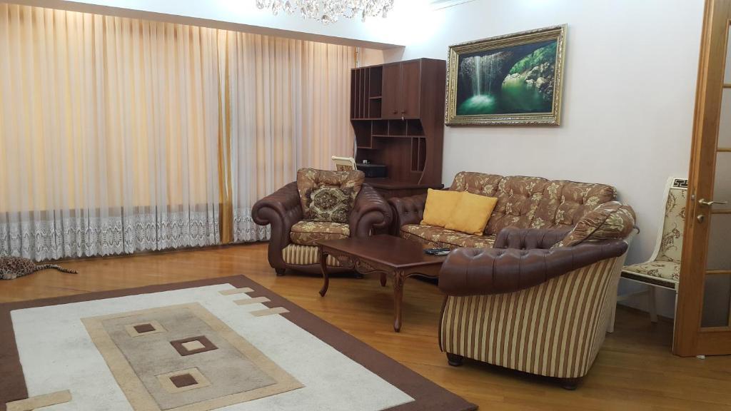 Apartment on Nariman Narimanov 125