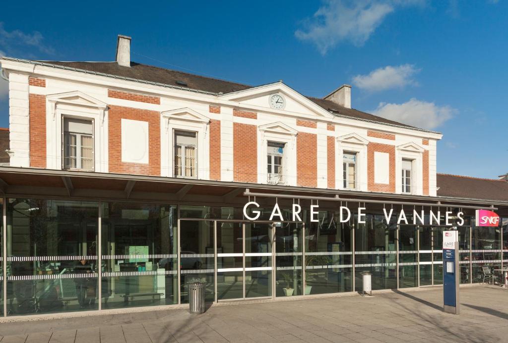 Hotel Et Restaurant Vannes