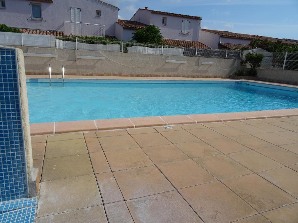 Languedoc Immobilier Villa Duplex Jardinet Piscine Plage Hb278