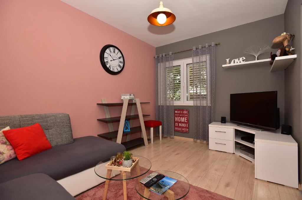 Apartments Smiljana