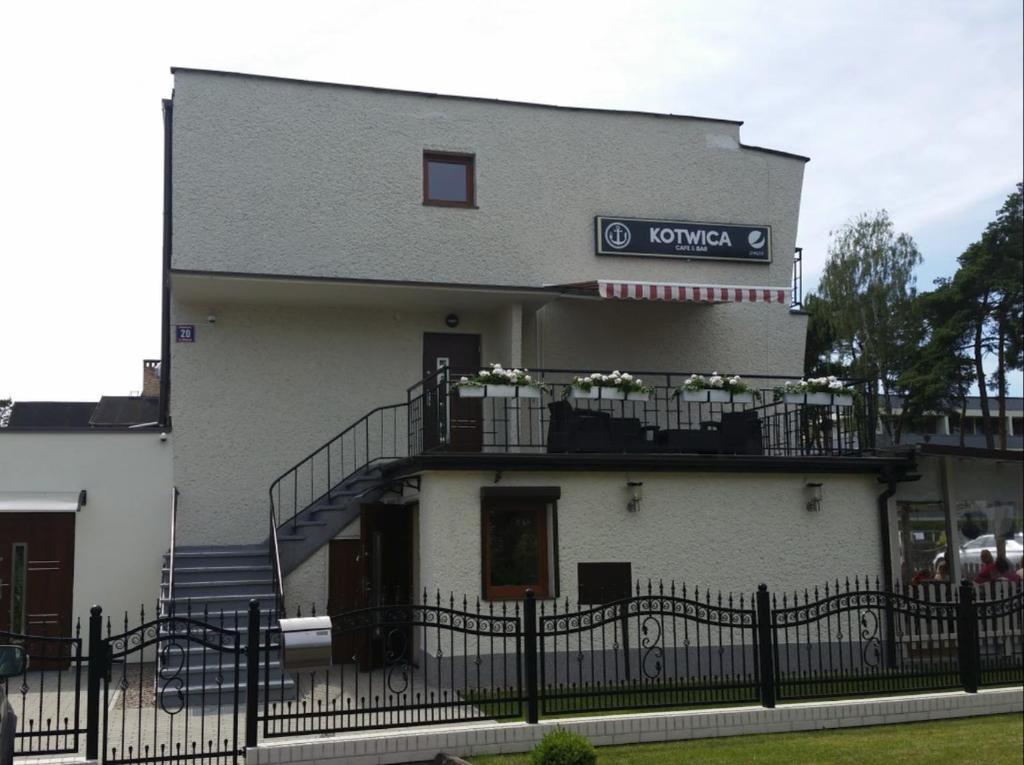 noclegi Dziwnówek Kotwica