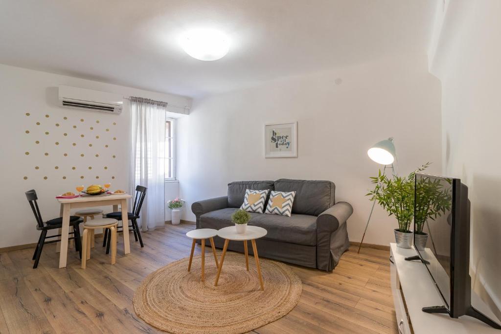Central New Apartment Nonna Mara