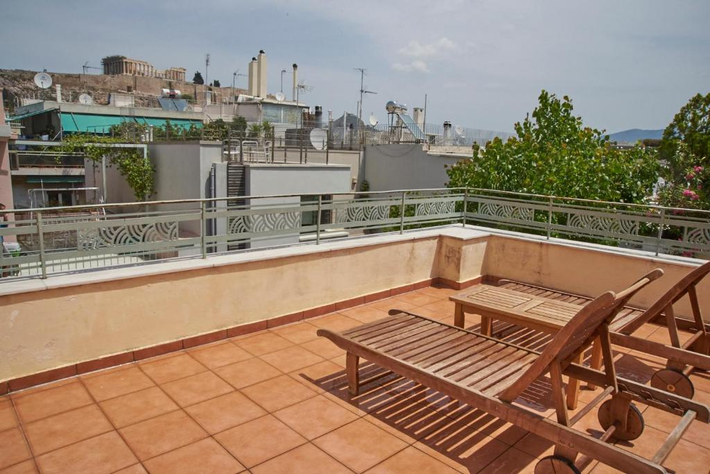 Two rooms + private bath+terrace-Top Acropolis Location