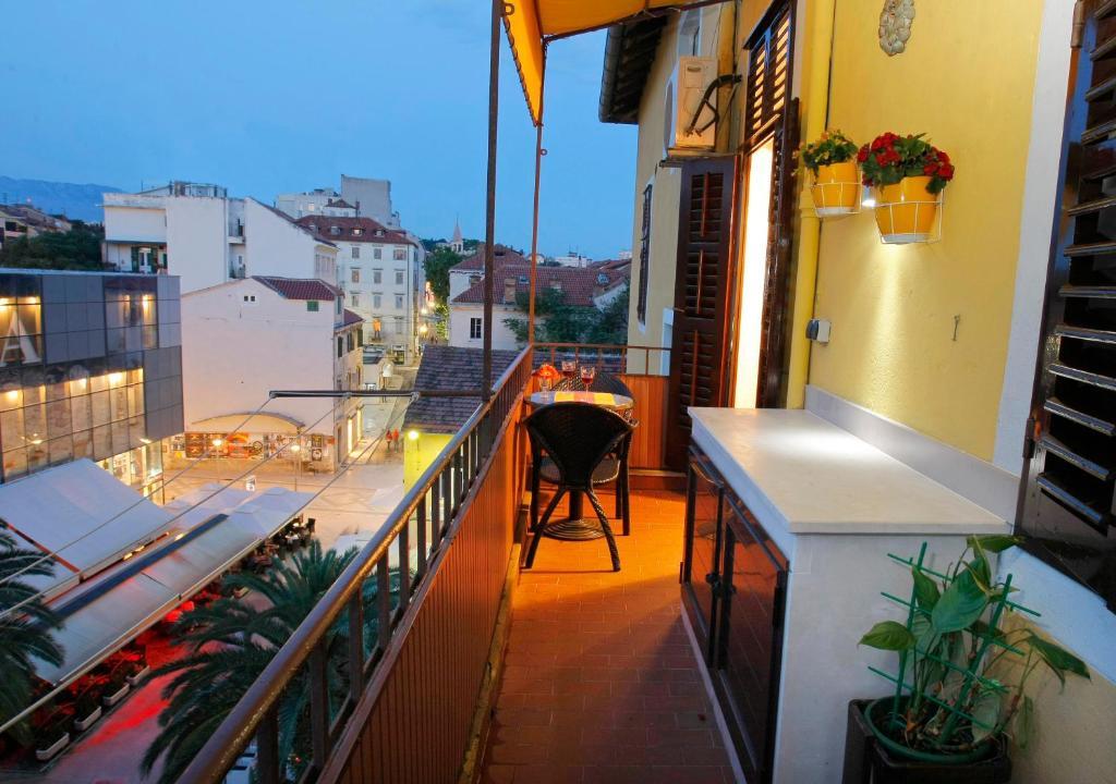Apartments Marmont