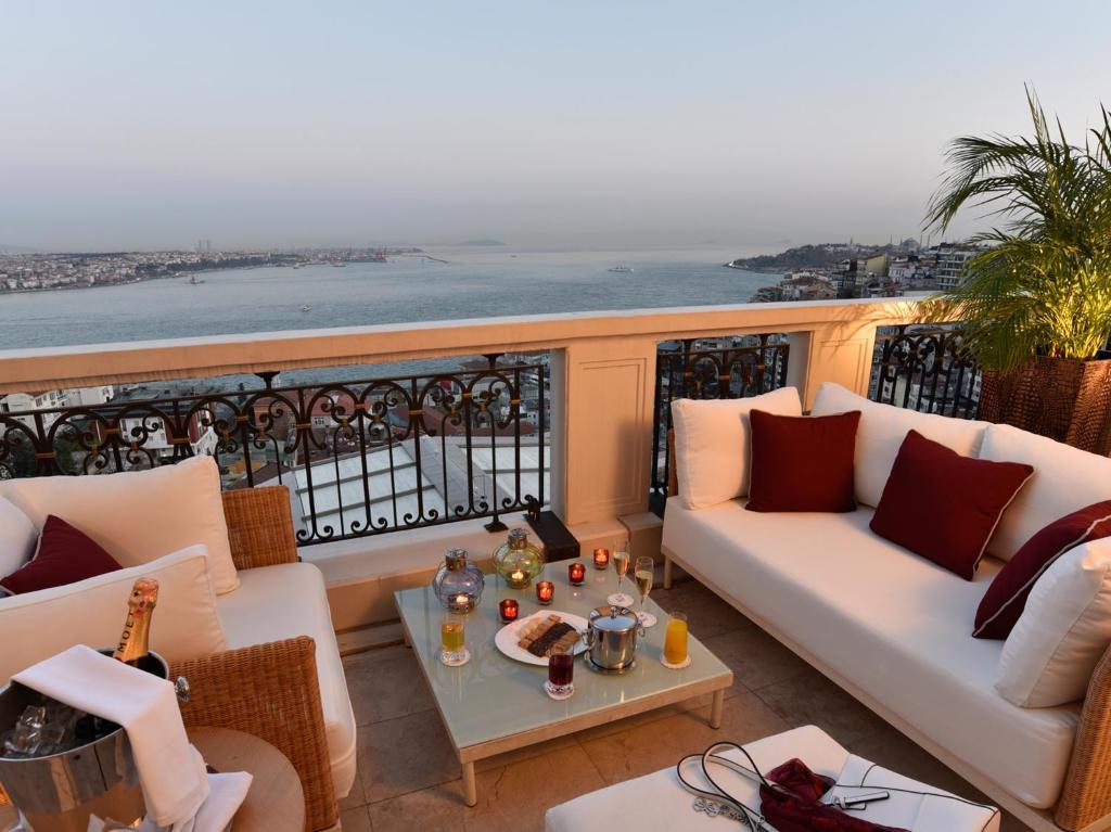 Cvk park bosphorus hotel istanbul r servation gratuite for Piscine b24