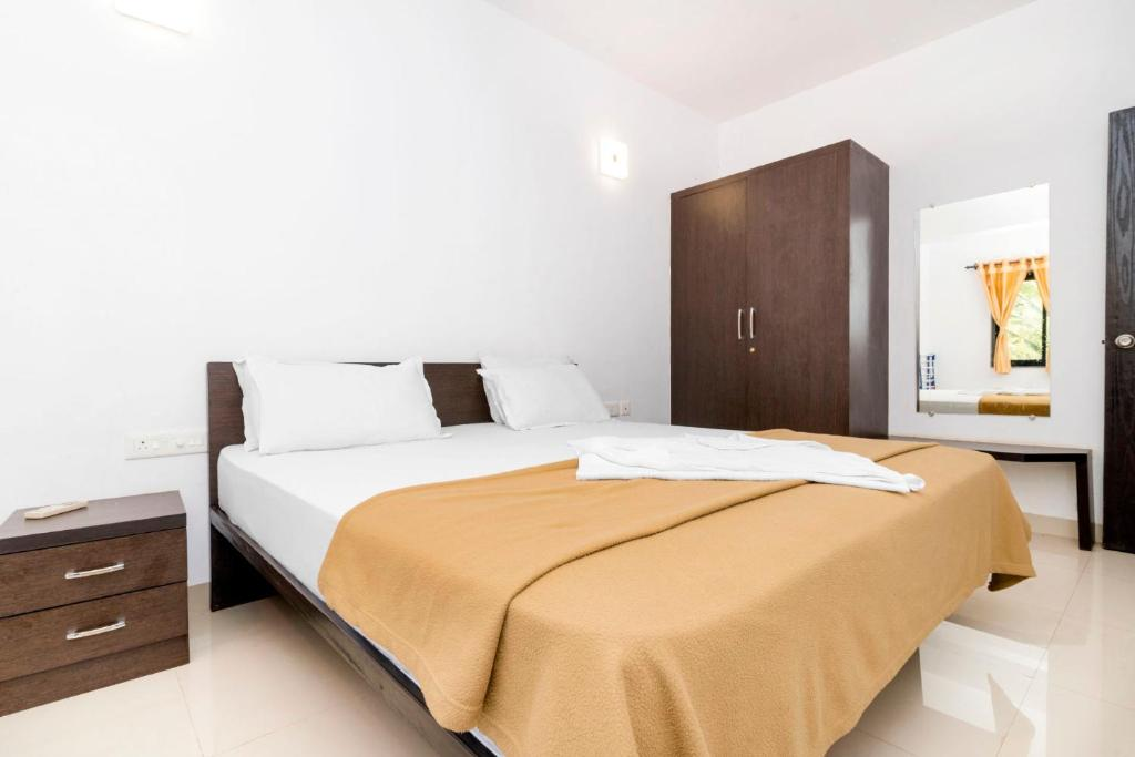apartment near club cubana in arpora, goa, by guesthouser 61000