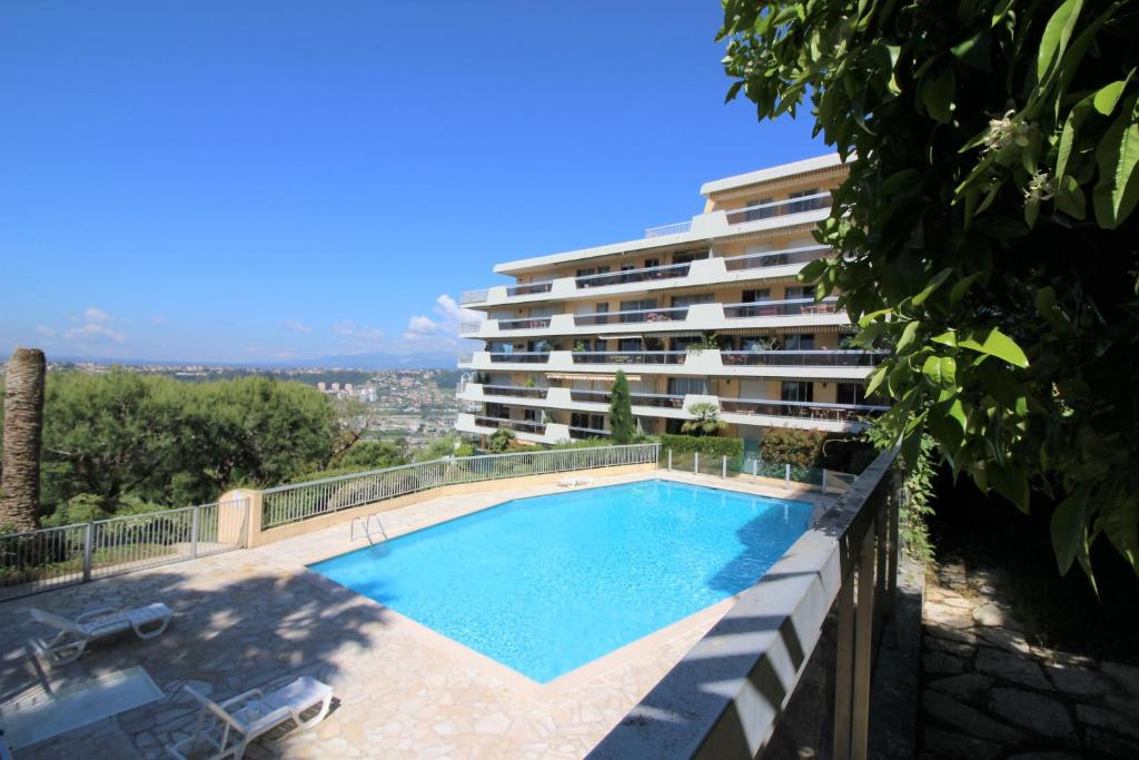 Nice Booking - Bella Vista piscine terrasse et jardin, Apartment in ...
