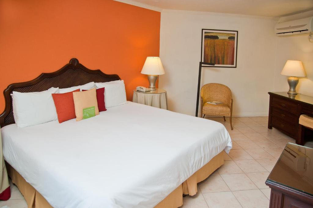 Standard Double or Twin Room Mango Bay All Inclusive