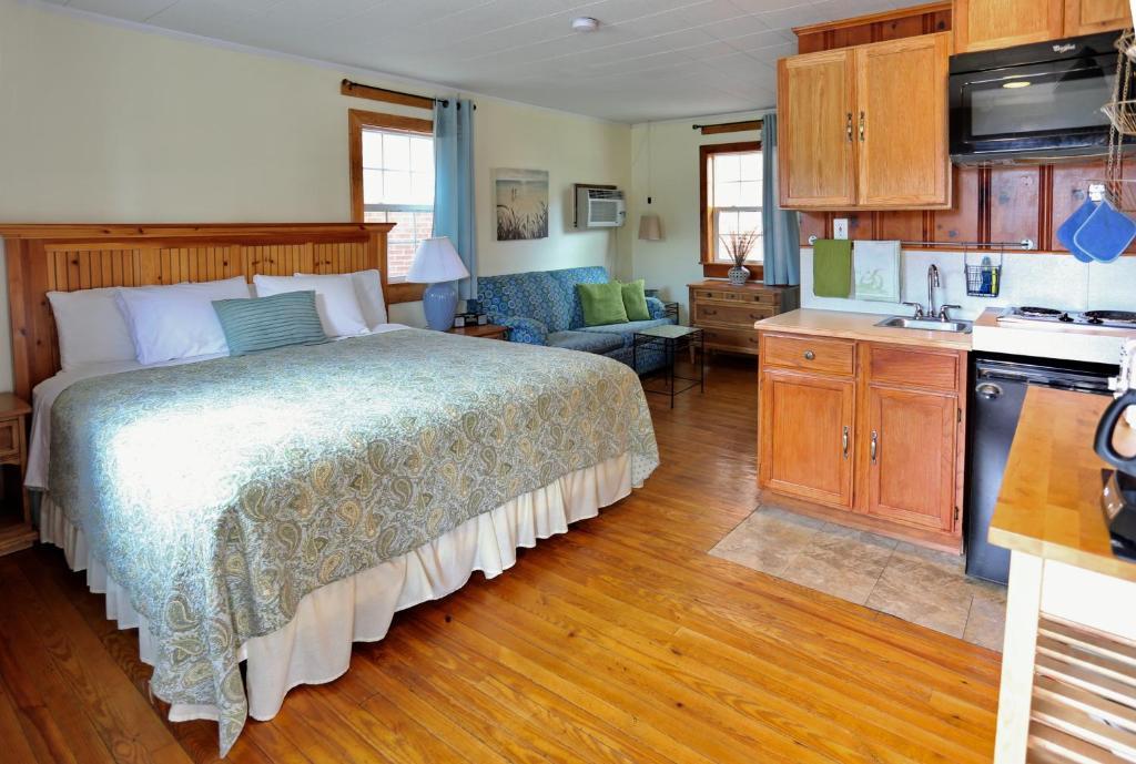 cape pines motel hatteras island avon informationen und buchungen online viamichelin. Black Bedroom Furniture Sets. Home Design Ideas