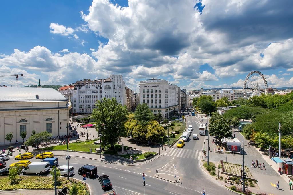 Luxury & Panorama Apartments, 1061 Budapest