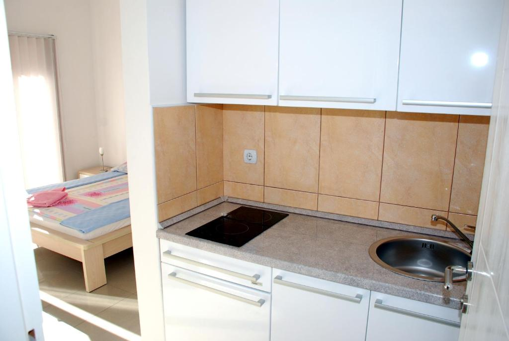 Studio Apartment (2 Adults) Montesun Residence