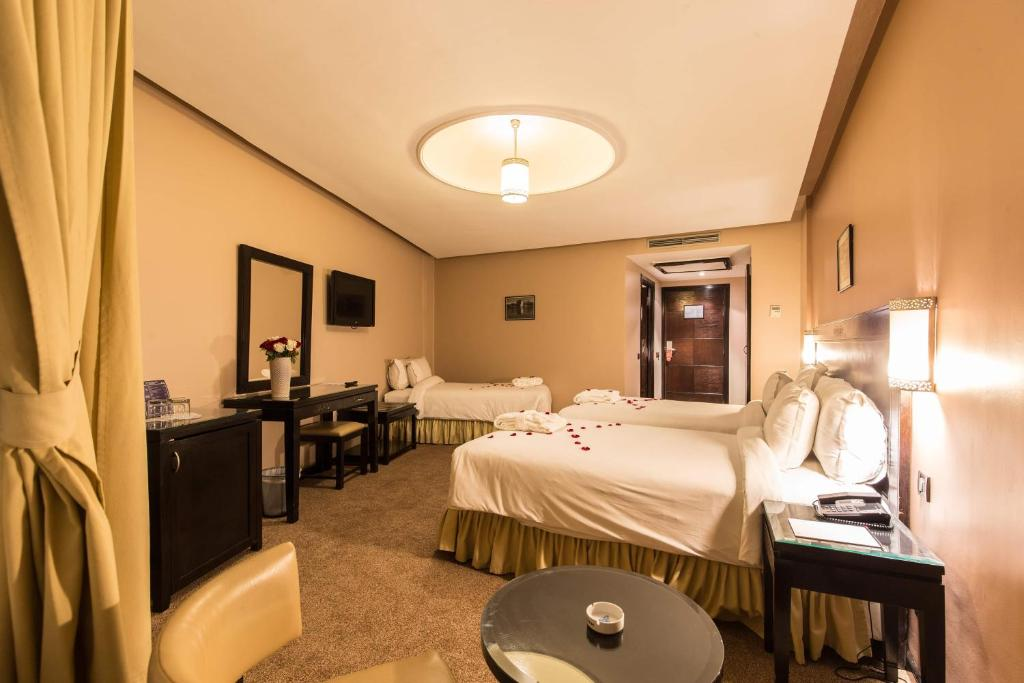 Triple Room Hotel Almas